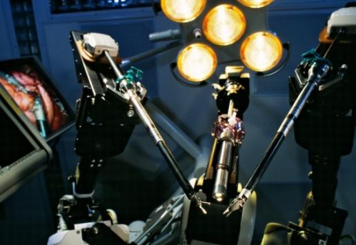 高科技手术机器人并不代表着传统手术成效改进 没有想的那么靠谱