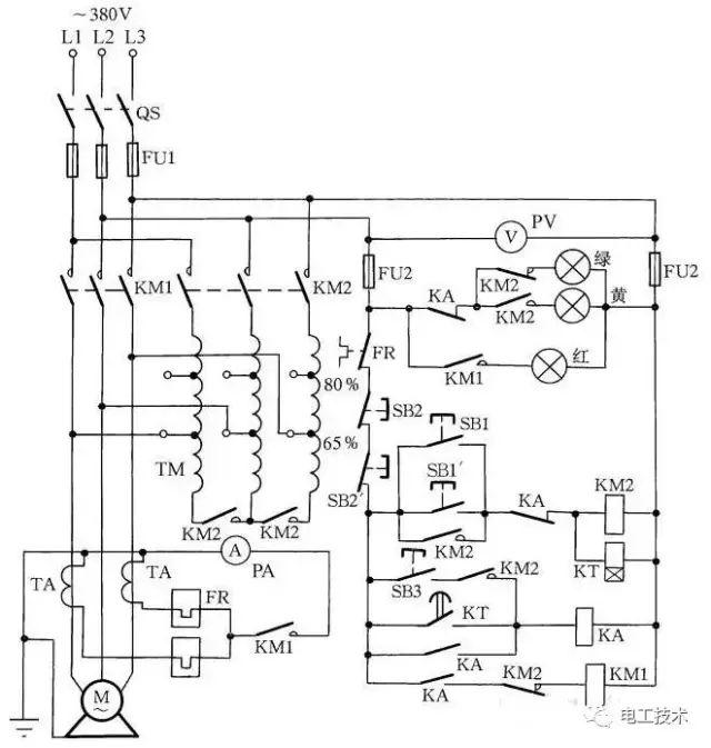 。待时间继电器延时到一定时间后(时间继电器可由电动机的容量和启动时负载的情况来调整),时间继电器KT的常闭延时分断和常开延时闭合的触点分别动作,使KM3断电,使KM2线圈通电,并使其触点自锁,电动机接成形运行。同时KM2常闭辅助触点断开,使KT和KM3线圈断电。  图11 笼型电动机Y-换接启动控制 图11中热继电器FR与电动机一相绕组串联,其整定电流应为电动机相电流的额定值。在形接法的电动机中,热继电器按上述方法连接,较为可靠。 十二、手动Y-降压启动控制 在条件较差的地区,也可自装手动Y-降压