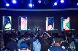 2019年中端手机塑胶与玻璃争夺大战拉开序幕