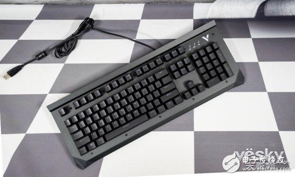雷柏V750键盘评测 整体表现非常出色售价更是极具性价比