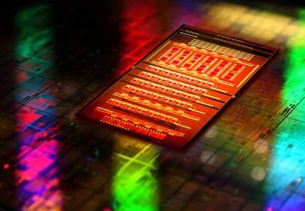 电子封装技术最难的不是芯片技术本身和资金问题 而...