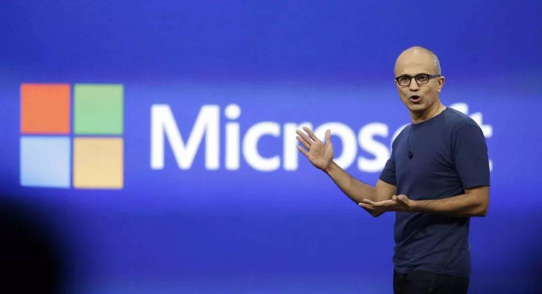 萨提亚・纳德拉成为微软第三任CEO后,让这个迈入中年的科技巨头再次朝气蓬勃