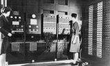 美国第一台电子计算机 它出自女程序员之手