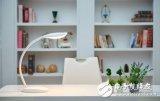 巴斯夫推出一款臻光彩小太阳LED触控台灯 成台灯市场黑马