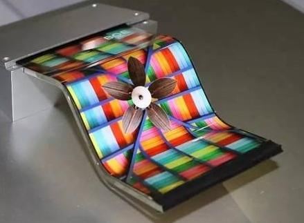 智能手机oled屏幕已进入黄金期未来oled的市场将会是怎样的
