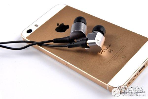 松下HDE10高保真耳机评测 低调但不失优雅