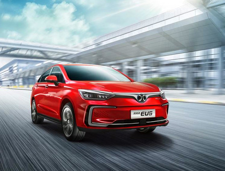 中国新能源汽车市场的增长正在失速 市场增长的拐点...