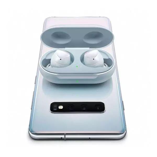 可为AirPods充电的iPhone