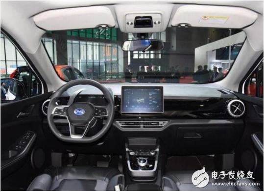 比亚迪新款纯电动汽车 不到30分钟充满电