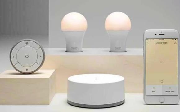一款简单的灯泡,或许能看到智能家居的未来