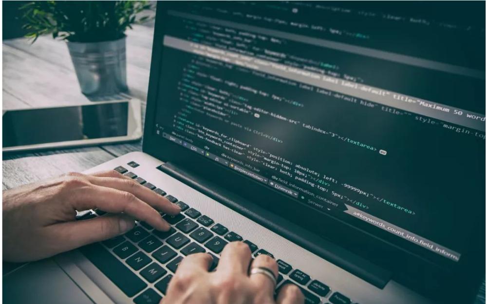 初学者应该看著澹�_��明如何更快的学好Python?
