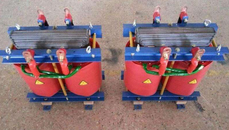 励磁变压器与发电机是怎么连接的