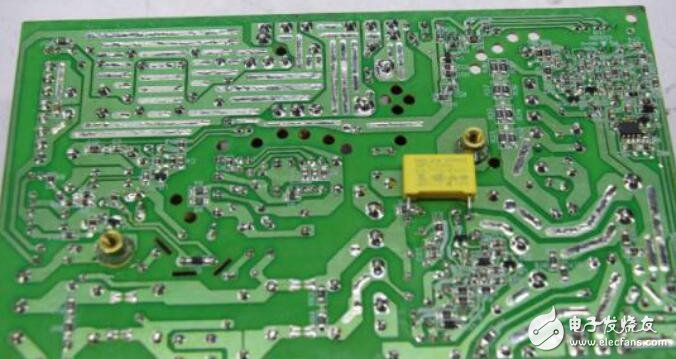 制造/封装 pcb制造相关 正文  单面电路板指的是在最基本的pcb上,零件