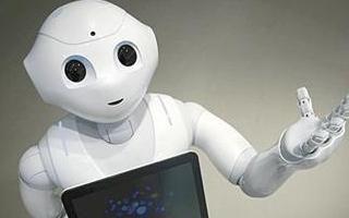 科学家设计陪伴机器人 帮助独居老人提高生活质量