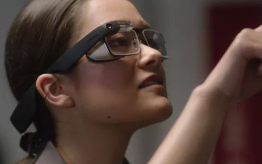 新一代 Google Glass登场 解放你的双...