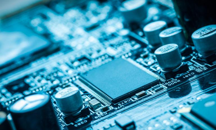 苹果或将在2025年推出自家5G调解器