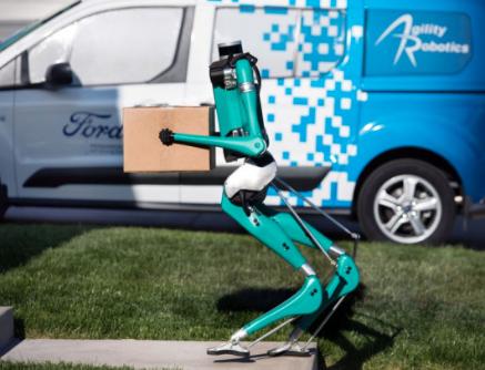 福特的快遞機器人亮相 解決無人送貨最后的難關