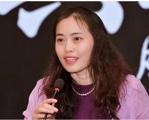 中国联通王常玲表示MEC边缘云是中国联通5Gn最为重要的战略