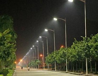 广州市多地开展道路照明完善工程项目 将接入现有的...