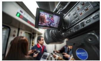 华为5G技术实现了深圳地铁5G车地通信技术首次应...