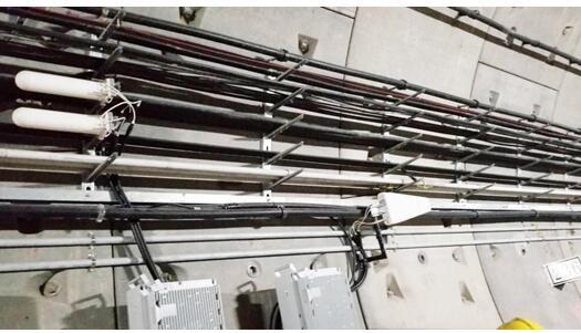 河南铁塔率先实现了郑州地铁5号线3.5GHz频段地铁隧道的5G覆盖