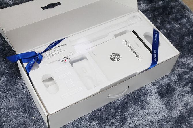 小狗T10Simba無線吸塵器評測 整體設計簡潔優雅吸力性能強勁