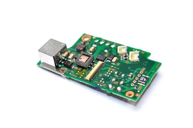 PCB产业升级,19年全球5G基地台PCB市场约...