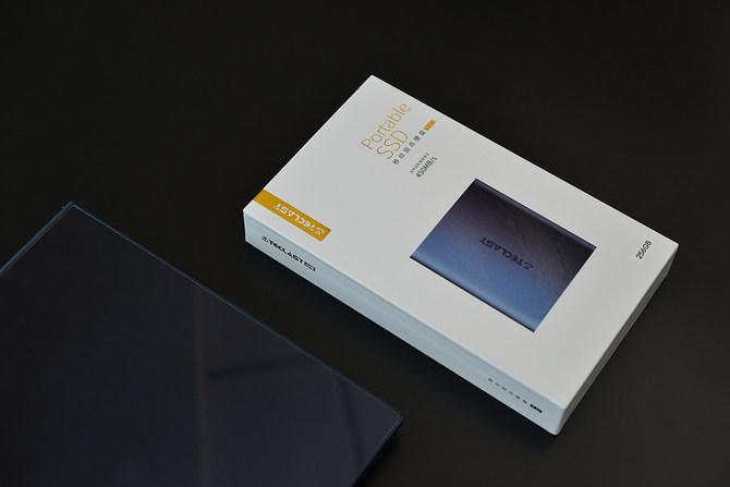台电S20移动固态硬盘评测 毫无疑问是更加好的选择