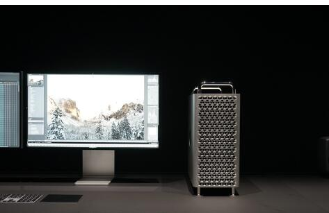 ?#36824;?#25512;出了顶级LED显示器Pro Display XDR分辨率达到了6016x3384