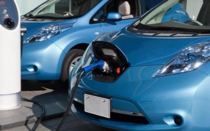 电动汽车市场玩家趋多 电池制造商利润或持续增长