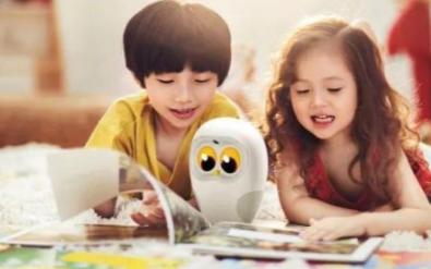 友悦机器人发布X15英语家教智能辅助机器人