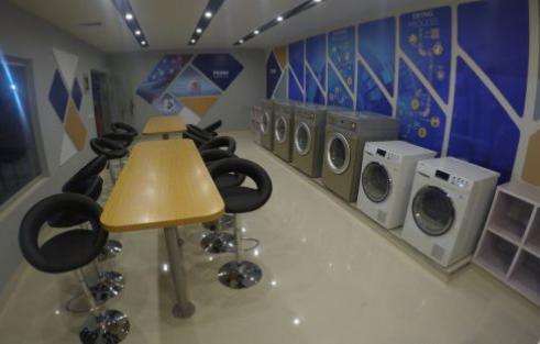 """海尔""""社区洗""""正在全球复制推广 不断为用户定制智慧洗衣方案"""