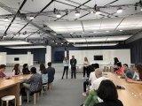 苹果CEO库克表示AR会是未来10年非常重要的技...