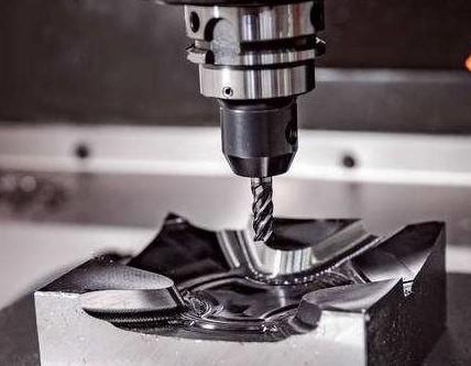 数控机床CNC的优缺点及需遵循的原则