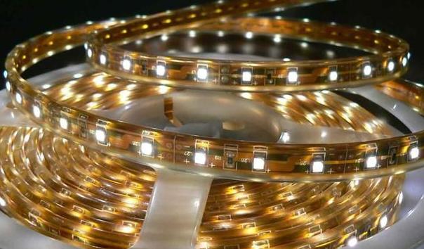 加拿大里贾纳市将在试点道路上安装14盏LED太阳...