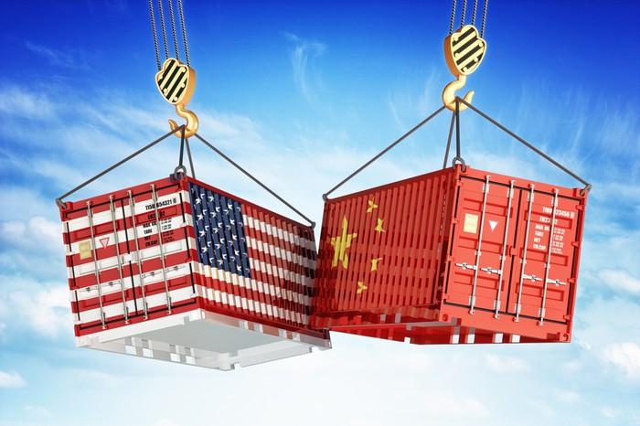 中美贸易对决刺激芯片低迷市场 美光下半年复苏恐难实现