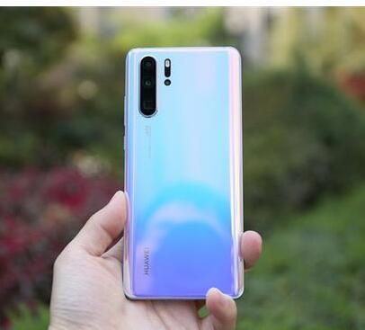 华为表示并没有推迟和减产手机的产量
