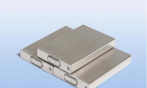 软包锂电池与锂电池包及铝壳锂电池的区别在哪里?