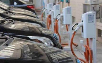 新能源车不再限购 拥堵仍是个问题