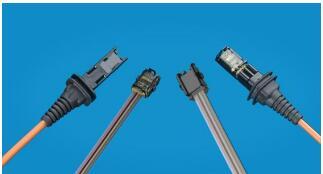 Molex公司正式发布了支持全新MXC光纤接口的VersaBeam