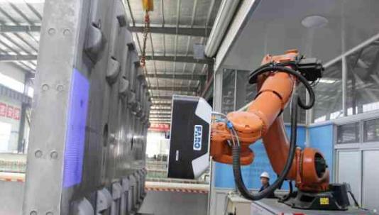 智能机器人当检测员 高铁技术迎来新突破