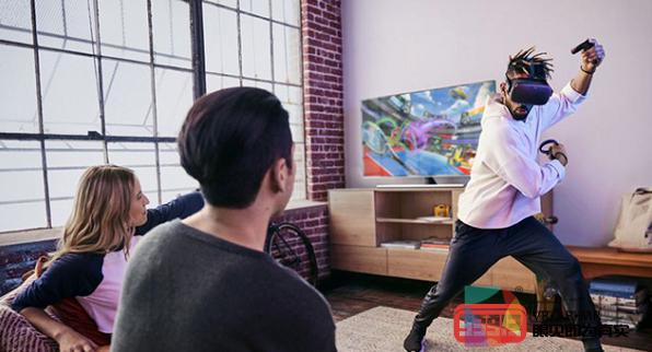 在VR中玩2D游戏的沉浸感远高于电视屏幕