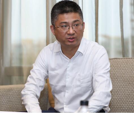 中兴通讯部长陈宗琮表示光接入和5G更多是融合协同...