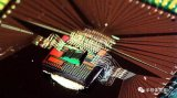 速度快能耗低 光导AI芯片企业获盖茨等近千万美元...