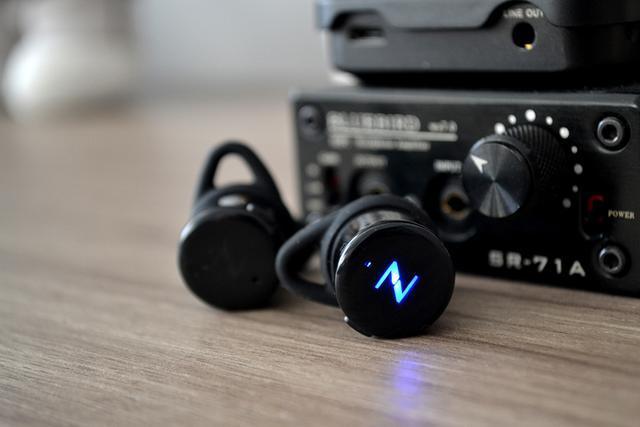 南卡T1无线蓝牙耳机体验 重量仅为5克长时间佩戴无压迫感