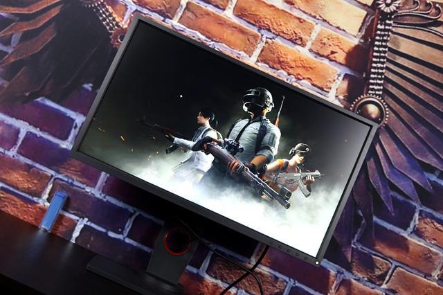 卓威XL2540电竞显示器评测 在游戏方面无可挑...