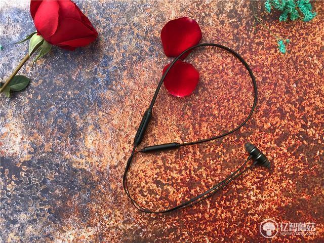 南卡S1无线蓝牙耳机测评 外形中规中矩但性价比非常高