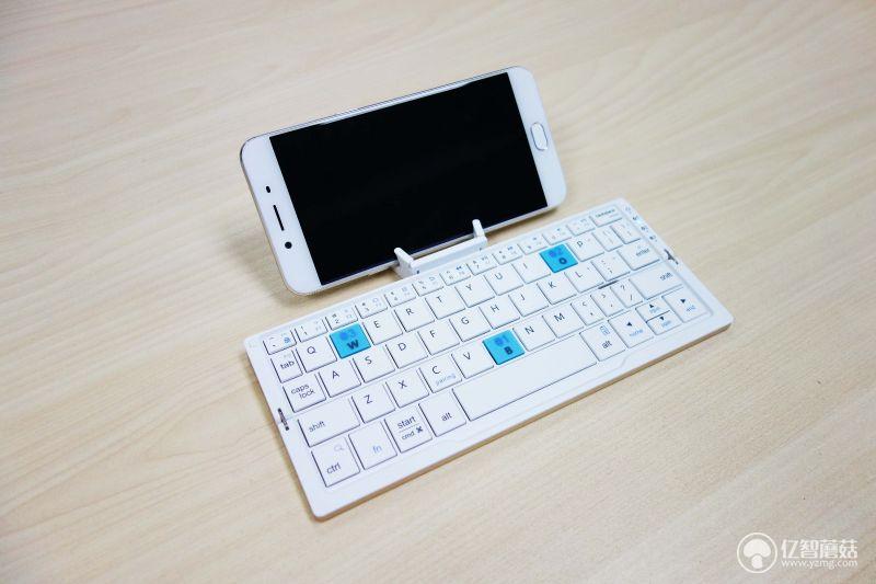 航世HB199蓝牙键盘体验 既便携又时尚