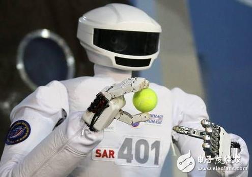 俄首个机器人宇航员将坐在特制椅子上飞向太空
