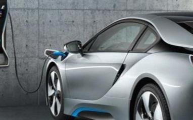 十年后的固态电池将促进电动汽车的普及